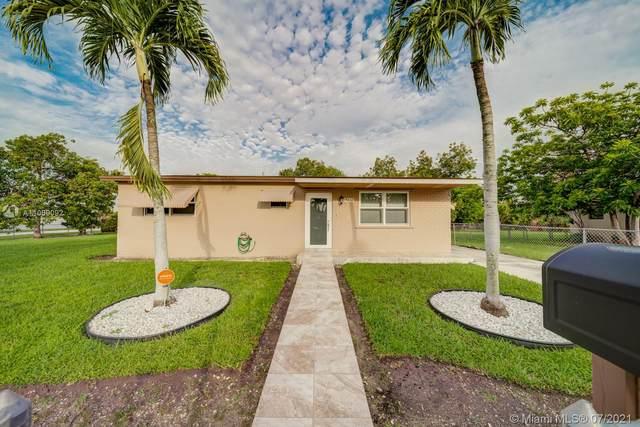 19632 SW 120th Ave, Miami, FL 33177 (MLS #A11069092) :: Team Citron