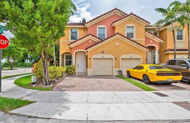 7988 SW 166th Pl #7988, Miami, FL 33193 (MLS #A11069360) :: Natalia Pyrig Elite Team | Charles Rutenberg Realty