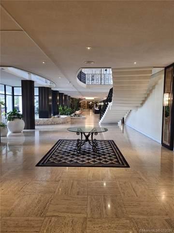 5555 Collins Ave 8V, Miami Beach, FL 33140 (MLS #A11069660) :: Castelli Real Estate Services