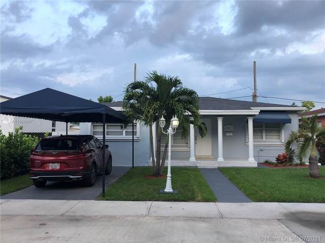 2821 SW 68th Ave, Miami, FL 33155 (MLS #A11069697) :: The Teri Arbogast Team at Keller Williams Partners SW