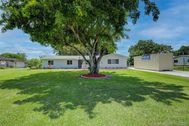 5551 SW 188th Ave, Southwest Ranches, FL 33332 (MLS #A11069753) :: Prestige Realty Group