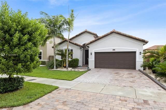 25163 SW 118th Pl, Homestead, FL 33032 (MLS #A11069869) :: Prestige Realty Group