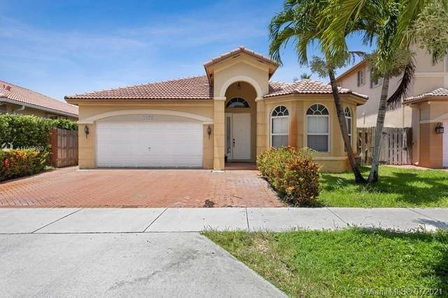 11079 NW 80th Lane, Doral, FL 33178 (MLS #A11069938) :: Rivas Vargas Group