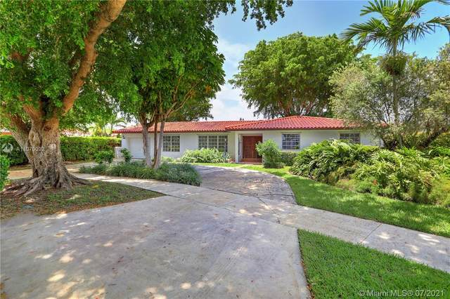 6625 SW 49th St, South Miami, FL 33155 (MLS #A11070092) :: The Howland Group