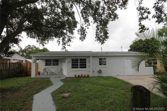 6860 Greene St, Hollywood, FL 33024 (MLS #A11070627) :: Equity Advisor Team