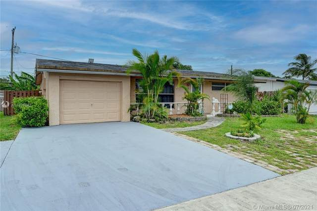 8641 NW 25th Ct, Sunrise, FL 33322 (MLS #A11070642) :: The Howland Group