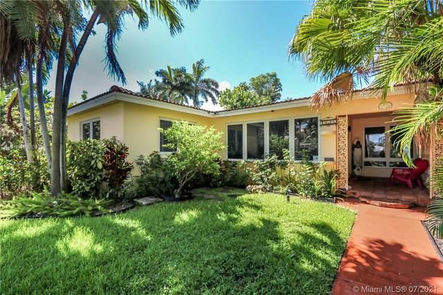 1046 Tyler St, Hollywood, FL 33019 (MLS #A11070813) :: Vigny Arduz | RE/MAX Advance Realty