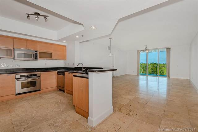 14951 Royal Oaks Ln #902, North Miami, FL 33181 (MLS #A11071233) :: The Howland Group