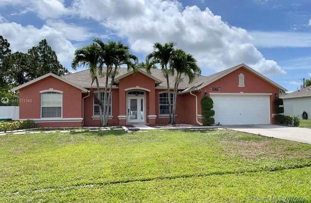 1561 SW Avens St, Port Saint Lucie, FL 34983 (MLS #A11071348) :: Prestige Realty Group