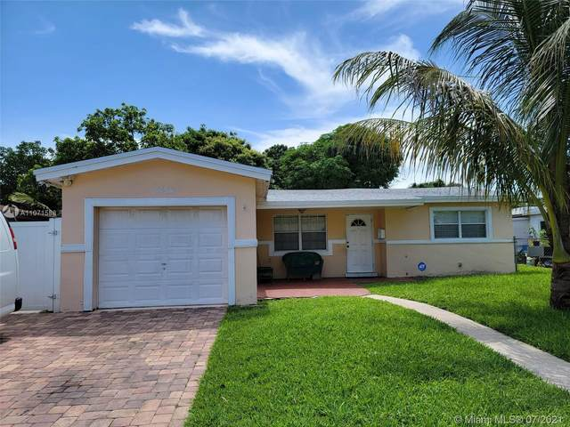 3454 NW 33rd Ave, Lauderdale Lakes, FL 33309 (MLS #A11071588) :: The Teri Arbogast Team at Keller Williams Partners SW