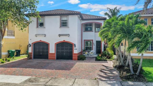 Miami, FL 33177 :: Equity Advisor Team
