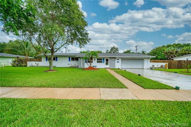 741 Gardenia Ln, Plantation, FL 33317 (MLS #A11071786) :: Equity Advisor Team