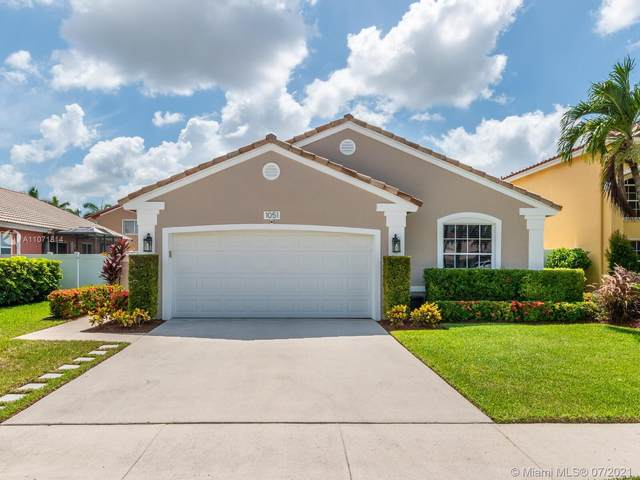 1051 NW 189th Ave, Pembroke Pines, FL 33029 (MLS #A11071814) :: Jo-Ann Forster Team