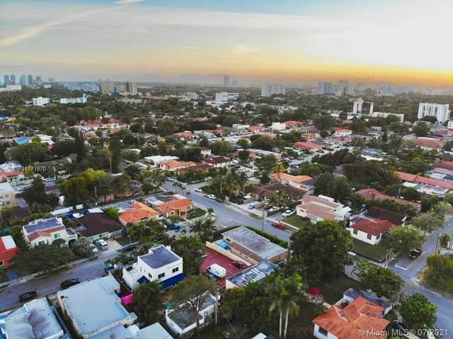2385 SW 17th St, Miami, FL 33145 (MLS #A11071870) :: Natalia Pyrig Elite Team | Charles Rutenberg Realty
