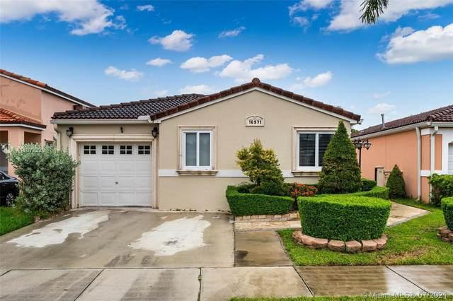 16971 SW 142nd Pl, Miami, FL 33177 (MLS #A11072226) :: Castelli Real Estate Services