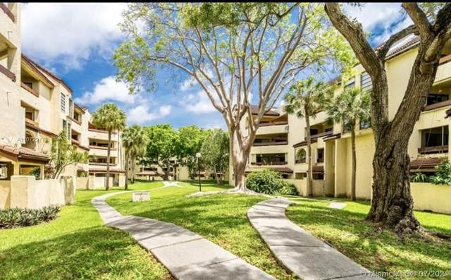 8810 SW 123rd Ct M110, Miami, FL 33186 (MLS #A11072277) :: The Howland Group