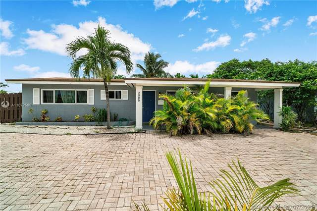 2909 NW 9th Ave, Wilton Manors, FL 33311 (MLS #A11072500) :: Castelli Real Estate Services