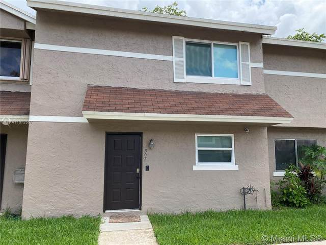1307 Sussex Dr #1307, North Lauderdale, FL 33068 (MLS #A11072567) :: Berkshire Hathaway HomeServices EWM Realty