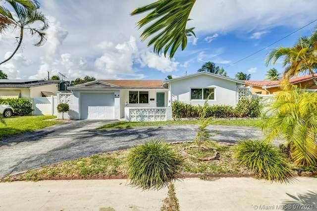 831 S Highland Drive, Hollywood, FL 33021 (MLS #A11072616) :: Equity Advisor Team