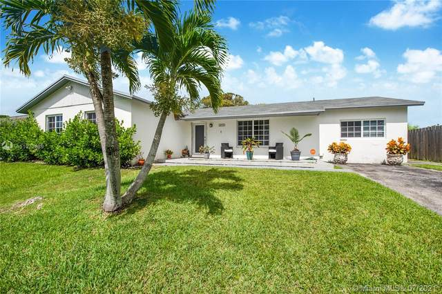 26550 SW 124th Ave, Homestead, FL 33032 (MLS #A11072689) :: The Teri Arbogast Team at Keller Williams Partners SW