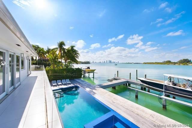 3026 N Bay Rd, Miami Beach, FL 33140 (MLS #A11072745) :: Team Citron