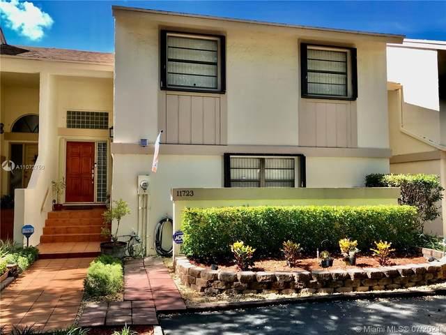 11723 SW 92nd Ter, Miami, FL 33186 (MLS #A11072750) :: Carole Smith Real Estate Team