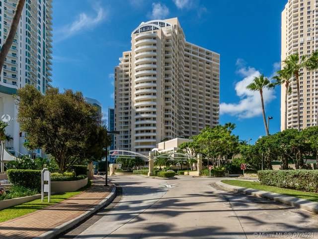 888 Brickell Key Dr #1009, Miami, FL 33131 (MLS #A11072973) :: Carole Smith Real Estate Team