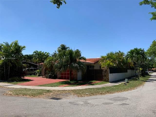 9601 SW 17th St, Miami, FL 33165 (MLS #A11073009) :: The Teri Arbogast Team at Keller Williams Partners SW