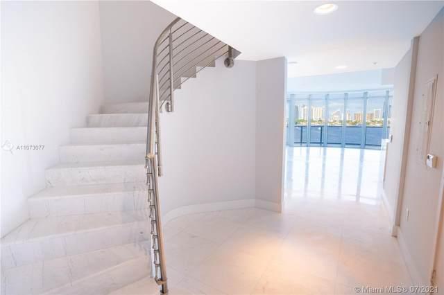 17301 Biscayne Blvd #611, North Miami Beach, FL 33160 (MLS #A11073077) :: Castelli Real Estate Services