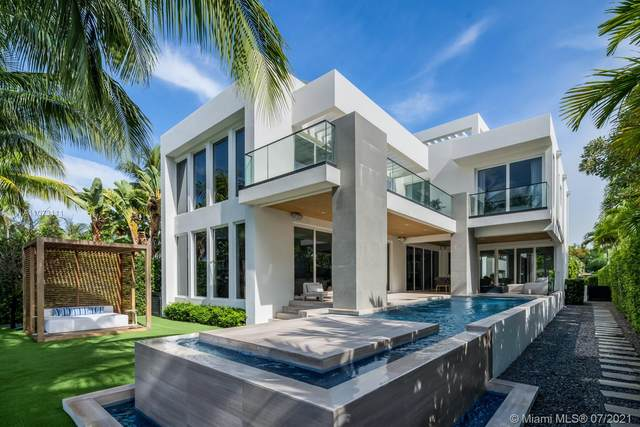 672 S Shore Dr, Miami Beach, FL 33141 (#A11073111) :: Dalton Wade