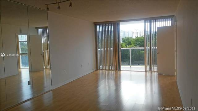 3675 N Country Club Dr #404, Aventura, FL 33180 (MLS #A11073114) :: Green Realty Properties