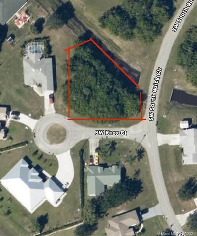 547 SW South Quick Cir, Port Saint Lucie, FL 34953 (MLS #A11073150) :: Berkshire Hathaway HomeServices EWM Realty