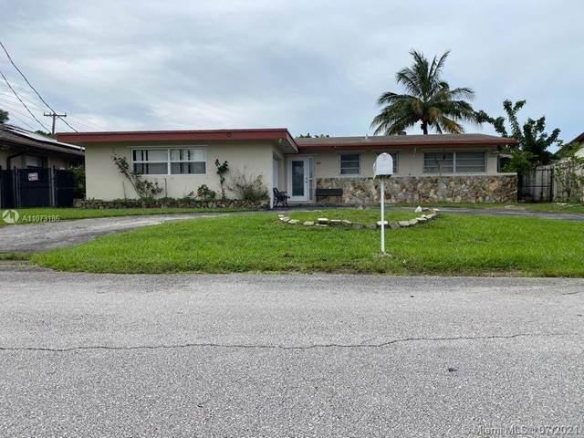 5741 SW 57th St, Davie, FL 33314 (MLS #A11073186) :: Team Citron