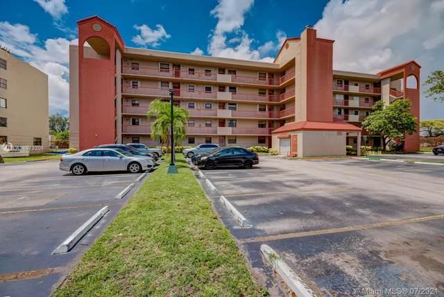 10255 NW 9th St Cir 201-7, Miami, FL 33172 (MLS #A11073204) :: Douglas Elliman