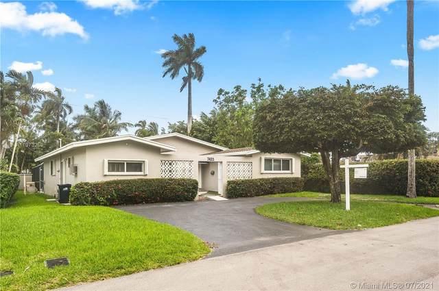 7421 Coquina Dr, North Bay Village, FL 33141 (MLS #A11073259) :: Green Realty Properties