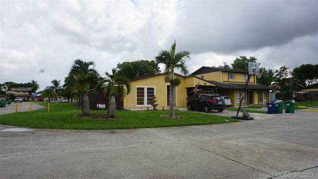 19345 NW 56th Pl, Miami Gardens, FL 33055 (MLS #A11073286) :: Prestige Realty Group