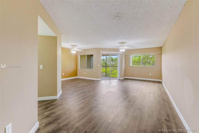 900 SW 142nd Ave 412L, Pembroke Pines, FL 33027 (#A11073325) :: Dalton Wade