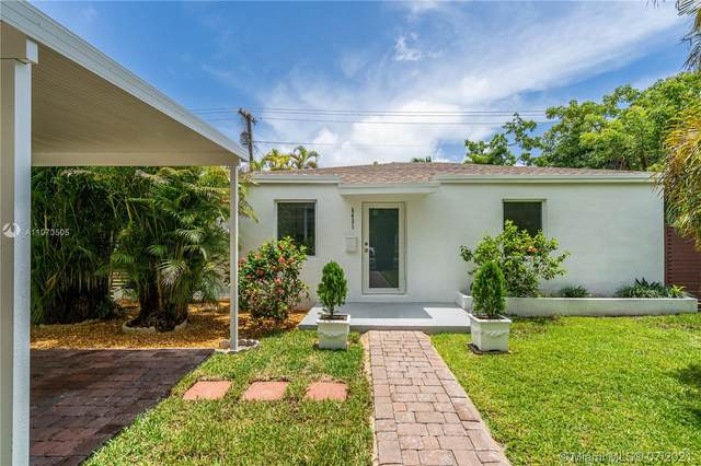 6431 SW 59th Ave, South Miami, FL 33143 (MLS #A11073505) :: The Riley Smith Group