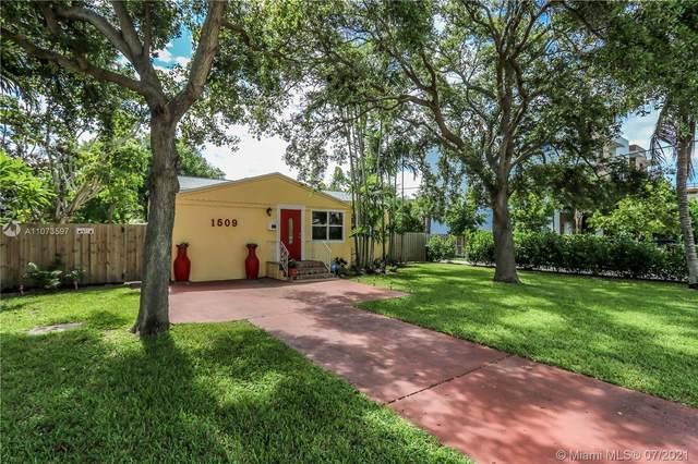 1509 N 17th Ave, Hollywood, FL 33020 (MLS #A11073597) :: Vigny Arduz | RE/MAX Advance Realty