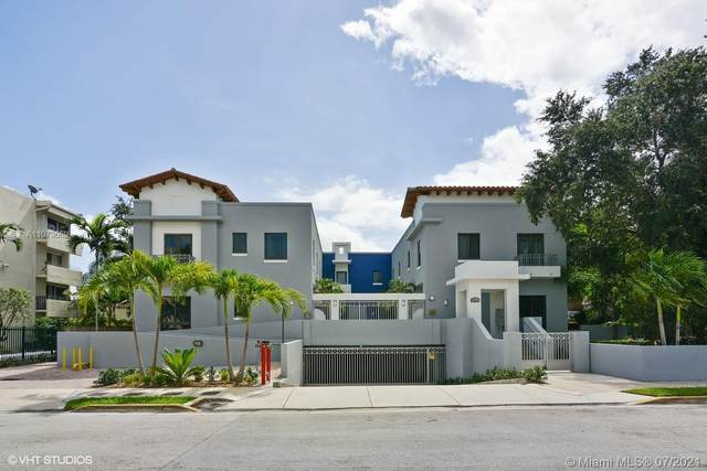 5864 SW 74th Ter C, South Miami, FL 33143 (MLS #A11073669) :: The Riley Smith Group