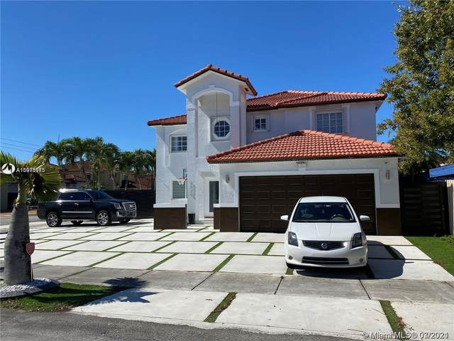 5520 SW 162nd Ct, Miami, FL 33185 (MLS #A11073975) :: The Teri Arbogast Team at Keller Williams Partners SW