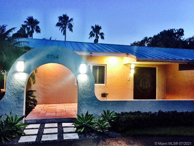 9764 SW 124th Ter, Miami, FL 33176 (MLS #A11074227) :: Prestige Realty Group