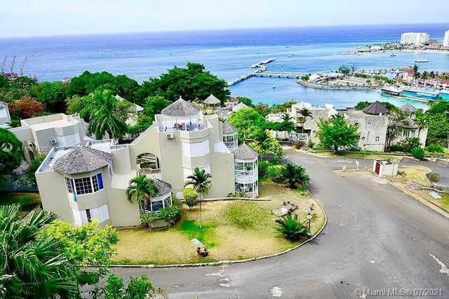7 Columbus Heights, Columbus Heights Jamaica, JA  (MLS #A11074230) :: Prestige Realty Group