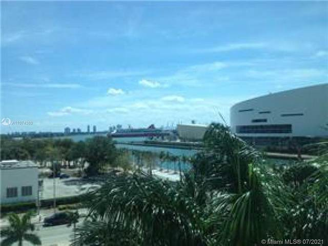 900 Biscayne Blvd O-601, Miami, FL 33132 (MLS #A11074360) :: Podium Realty Group Inc