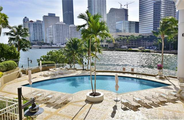 801 Brickell Key Blvd #1810, Miami, FL 33131 (MLS #A11074430) :: The Howland Group