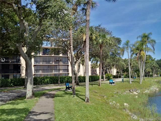 3450 Blue Lake Dr #404, Pompano Beach, FL 33064 (#A11074505) :: Dalton Wade