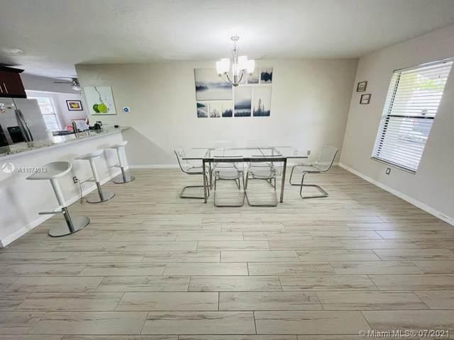 141 SE 18th Terrace, Cape Coral, FL 33990 (#A11074513) :: Dalton Wade