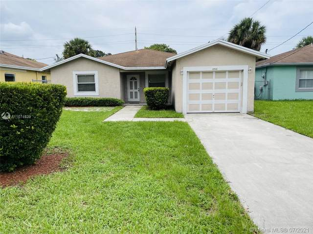 2943 NW 9th St, Fort Lauderdale, FL 33311 (MLS #A11074629) :: Dalton Wade Real Estate Group
