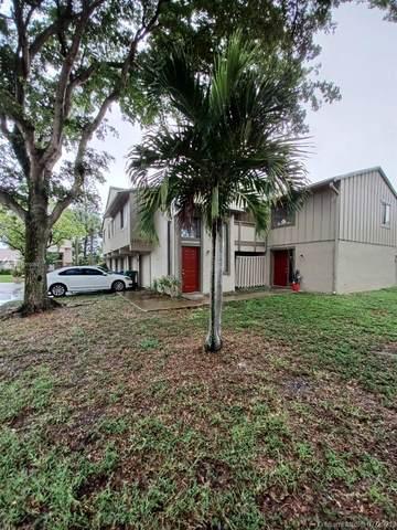 2206 NW 59th Terrace 81-E, Lauderhill, FL 33313 (MLS #A11075054) :: The Riley Smith Group