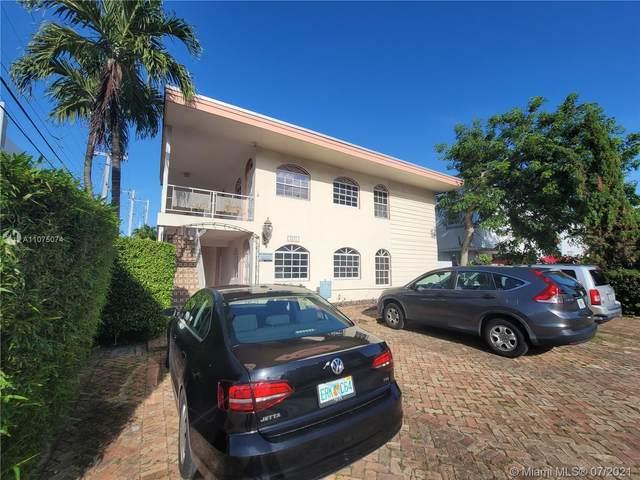 1575 West Ave #12, Miami Beach, FL 33139 (MLS #A11075074) :: Carole Smith Real Estate Team